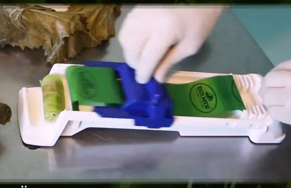 Photo of Pomoć u kuhinji: Mašina za motanje sarme (video)