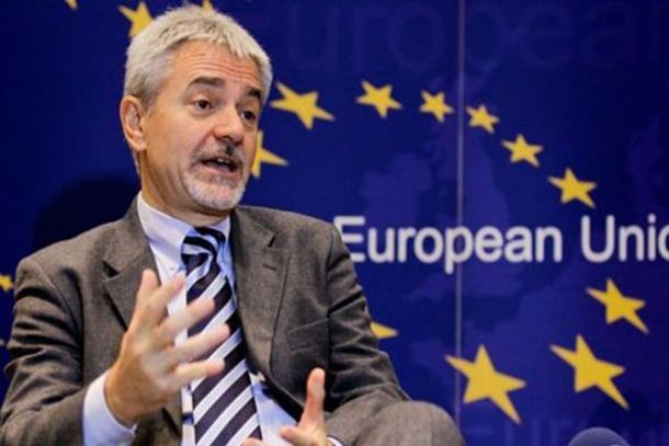 Photo of Davidi: Morate provesti široke reforme
