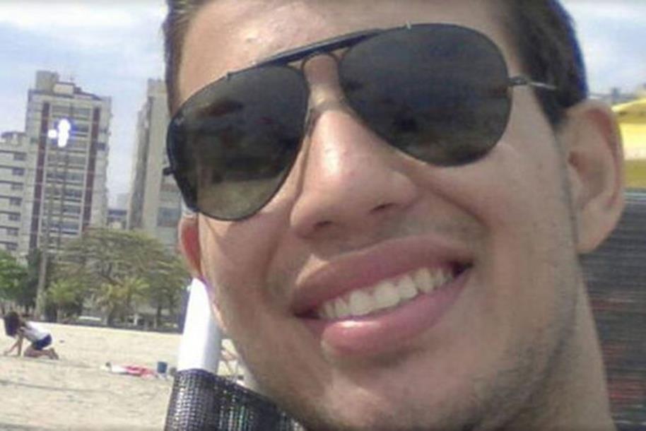 Photo of Student preminuo nakon što je popio 25 votki u 60 sekundi