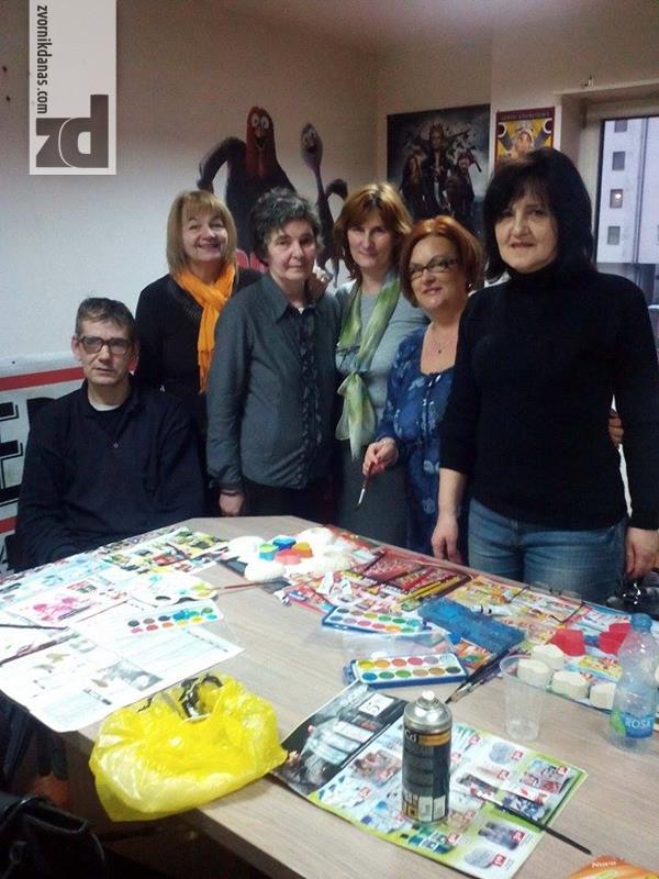 Photo of Danas i sutra promotivna izložba udruženje Zvonik