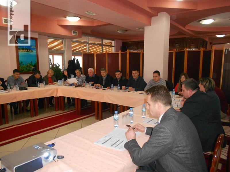 Photo of Predstavljen program stručnog osposobljavanja i usavršavanja radne snage