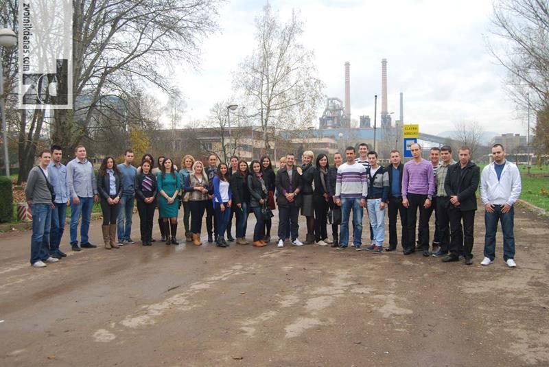 """Photo of MLADI KADROVI U NOVIM IZAZOVIMA: Sa pripravnicima u kompaniji """"Alumina"""""""