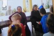 Mališani sa poklonima posjetili stare u Domu u Kiseljaku