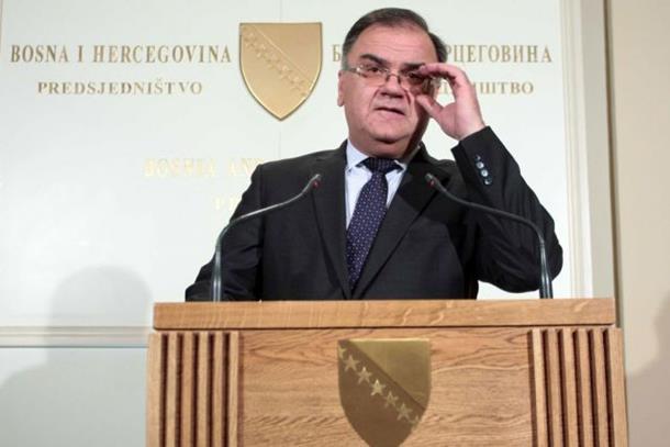 Photo of Ivanić: Istinsku bitku protiv terorizma da vode Bošnjaci