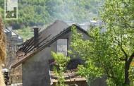 Na Bairu izgorila kuća višečlane porodice: Pomoć neophodna