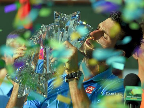 Đoković piše istoriju: Federer zaostaje 5.460 bodova