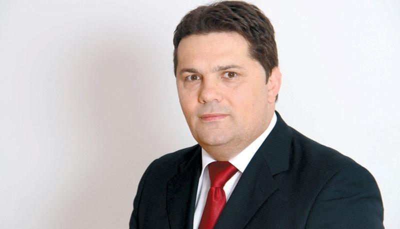 Photo of Stevandić: Tadić sam sebi sastavio gradski odbor