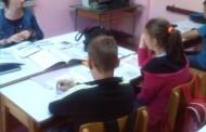 NLB Razvojna banka uručila dva računara školi u Drinjači