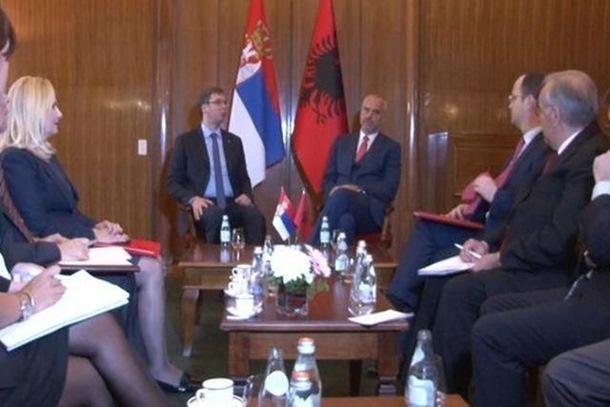 Rama: Ima razlika, Vučić: Razlika je Kosovo