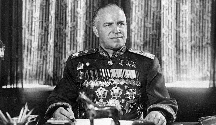 Uništena spomen-ploča posvećena maršalu Žukovu