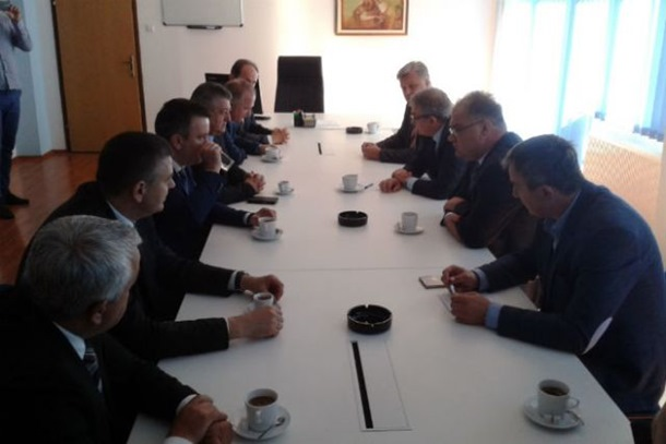 Inicijativa opozicije za održavanje posebne sjednice parlamenta Srpske