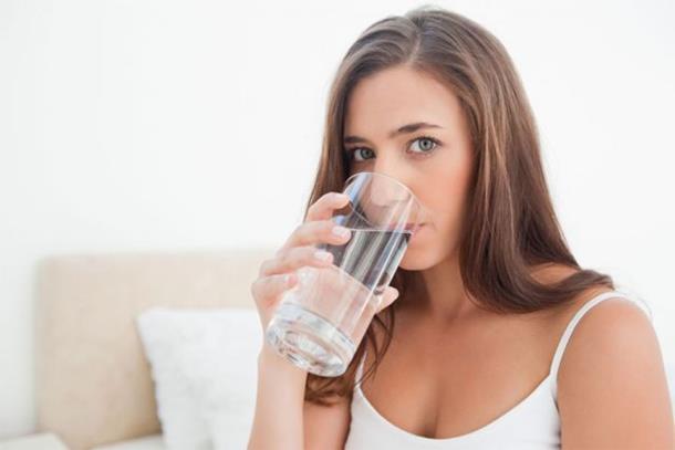Što se događa u tijelu ako svaki dan popijete čašu slane vode?