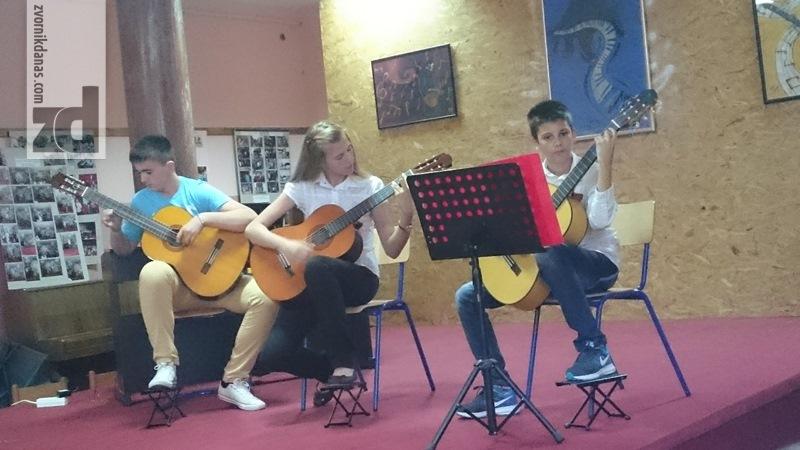Photo of Godišnjim koncertom obilježen kraj školske godine u Osnovnoj muzičkoj školi