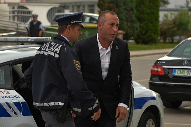 Haradinaju vraćen pasoš