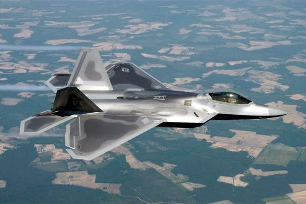 SAD: Rusija najveća prijetnja, možda pošaljemo F-22