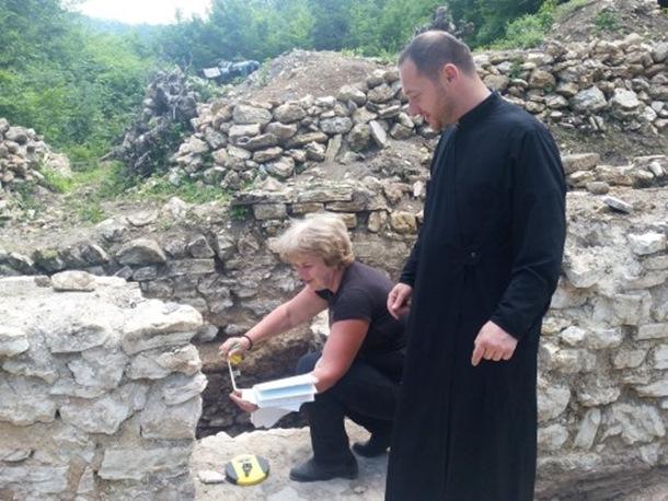 Photo of Otkriveni ostaci drevne crkve u Osmacima (foto)
