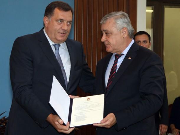 Milorad Dodik i Milomir Savčić (Foto: SRNA)