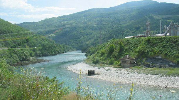 Na obali Drine pronađeno tijelo muškarca