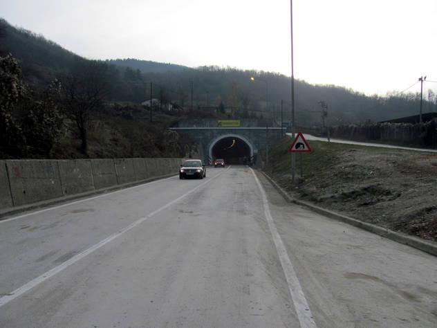 Photo of U tunelu Kupreška vrata saobraćaj neizmjenično jednom trakom