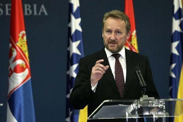 Photo of Federalni poslanici traže sastanak zbog referenduma, bez stranaka iz Srpske
