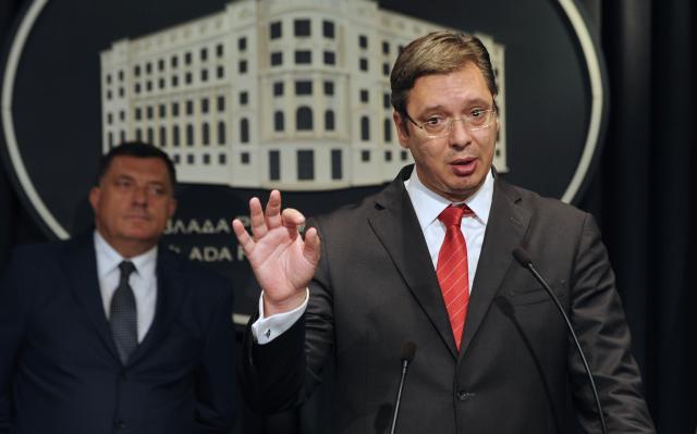 Photo of Vučić pričao sa Dodikom nakon večere sa članovima Predsjedništva BiH