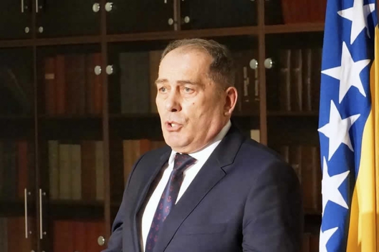 Mektić - prvi ministar koji je pozvao na proteste!