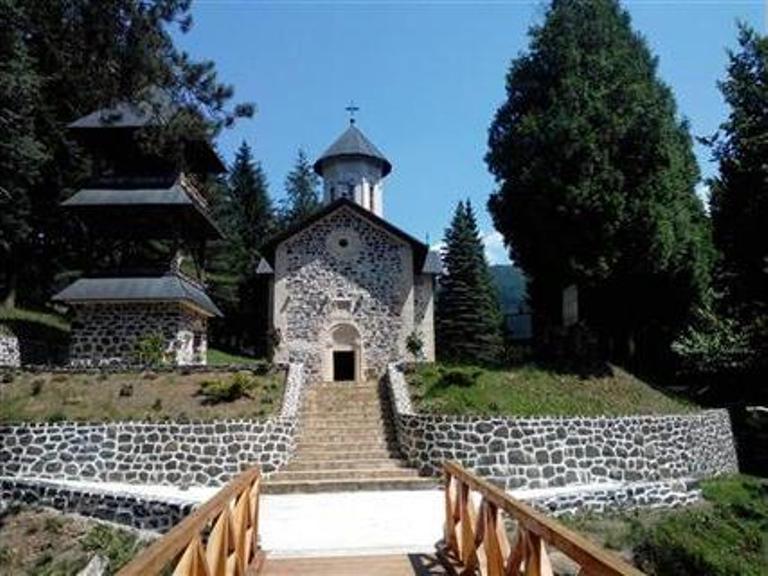 Photo of Završena obnova manastira Vozućica