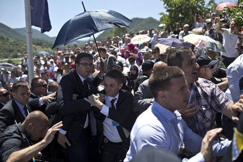 Narednih dana biće poznati svi napadači na Vučića