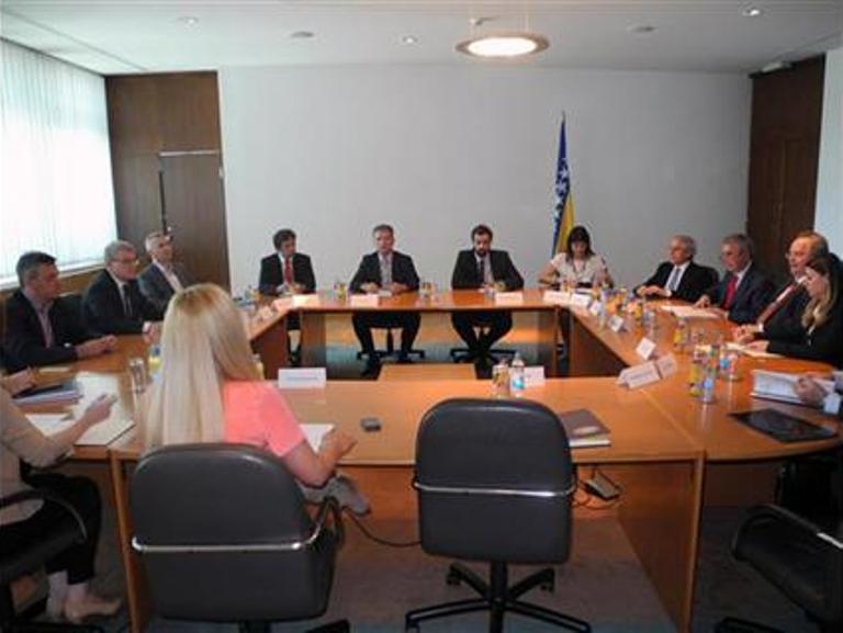 Photo of Ojačati ekonomsku saradnju BiH i Grčke