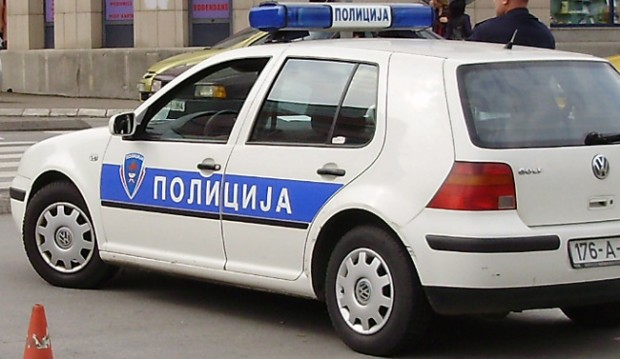 Photo of Uhapšen vozač koji je golfom udario pješaka i pobjegao