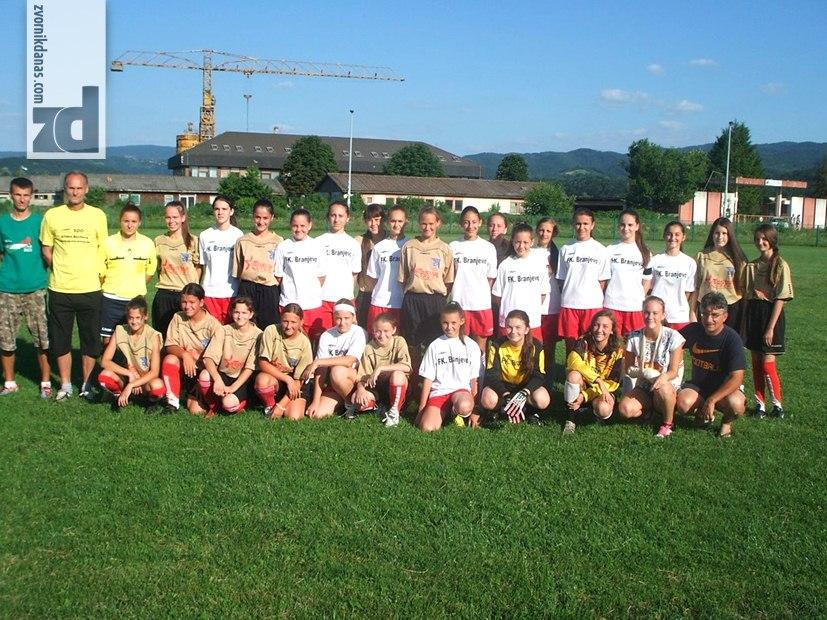 Photo of Sve veće interesovanje za ženski fudbal u zvorničkoj opštini