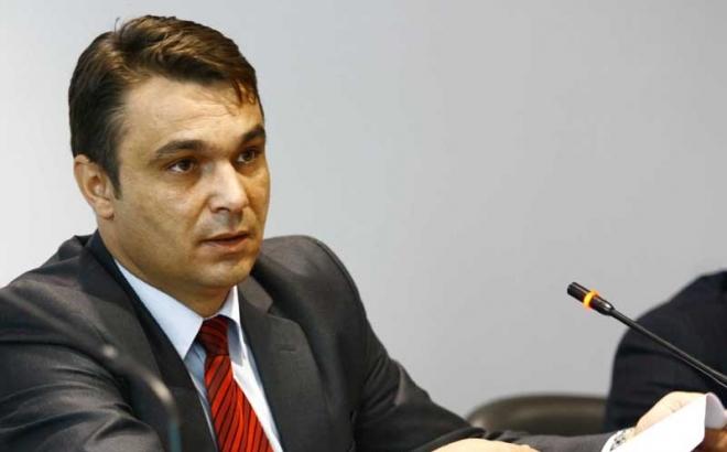 Ahmetović: Ivanić priča gluposti