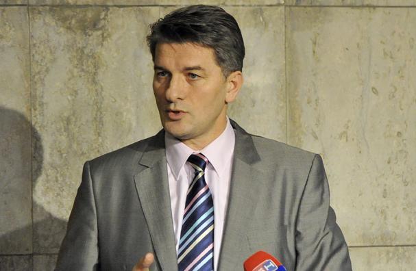 Photo of Mehmedović: Vučić je postigao upravo ono što je želio