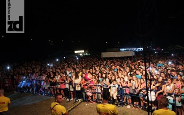 """""""Zvorničko ljeto 2015"""" okupilo poznate učesnike i brojnu publiku"""