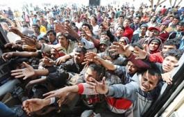 Stotine migranata zarobljeno u Mađarskoj, zabranjen im ulaz na stanicu (foto)