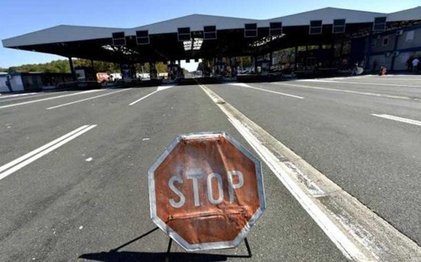 Hrvatska granica otvorena za putnike sa srpskim pasošima