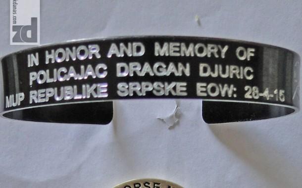 Američki policajac poslao u Zvornik narukvicu u spomen na Dragana Đurića