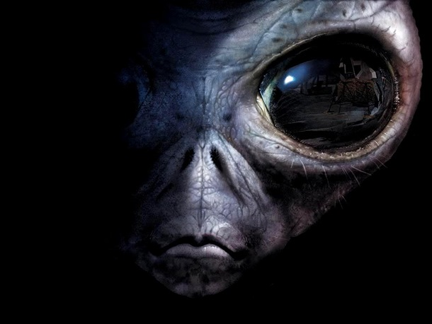 Snouden tvrdi: Vanzemaljci nam šalju kodirane poruke!