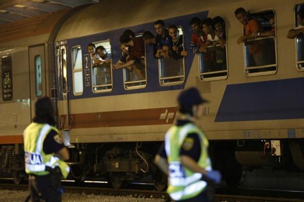U Hrvatsku ušlo 30.126 izbjeglica, sukobi kod voza u Tovarniku