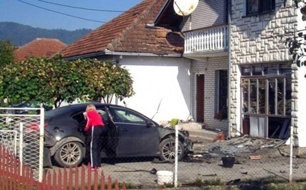 Bratunac: Dignuti u vazduh automobili biznismena i graničara