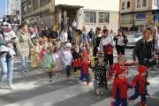 Mališani u različitim maskama prošetali gradom