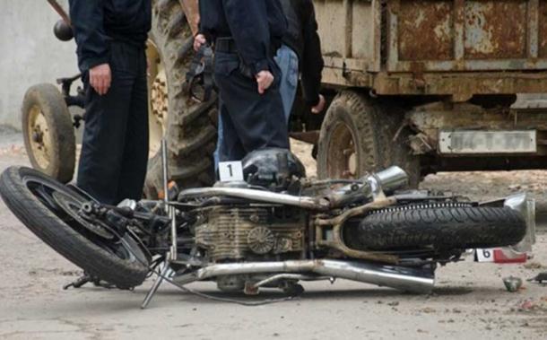 Motociklom se zabio u cirkular