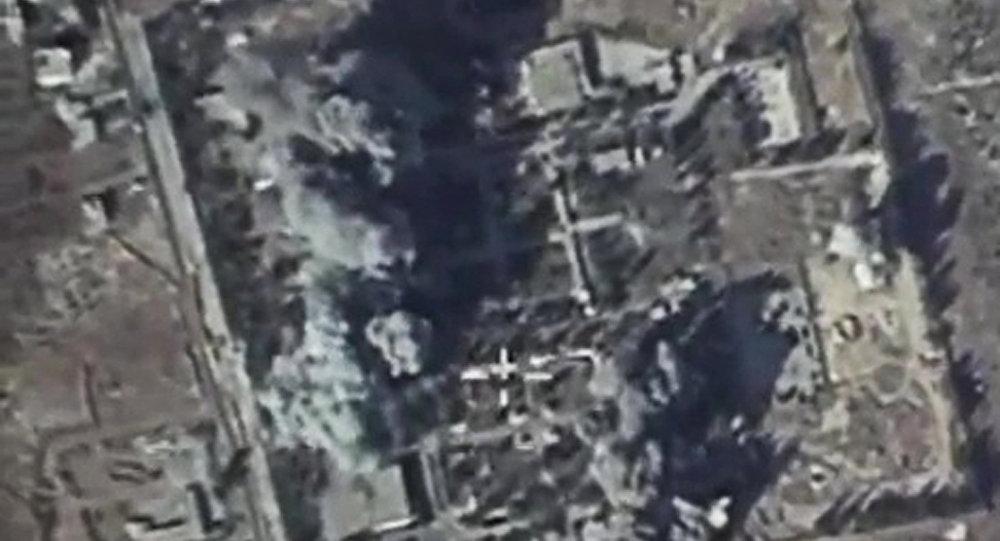 Ruska avijacija uništila komandni centar Nusra fronta (video)