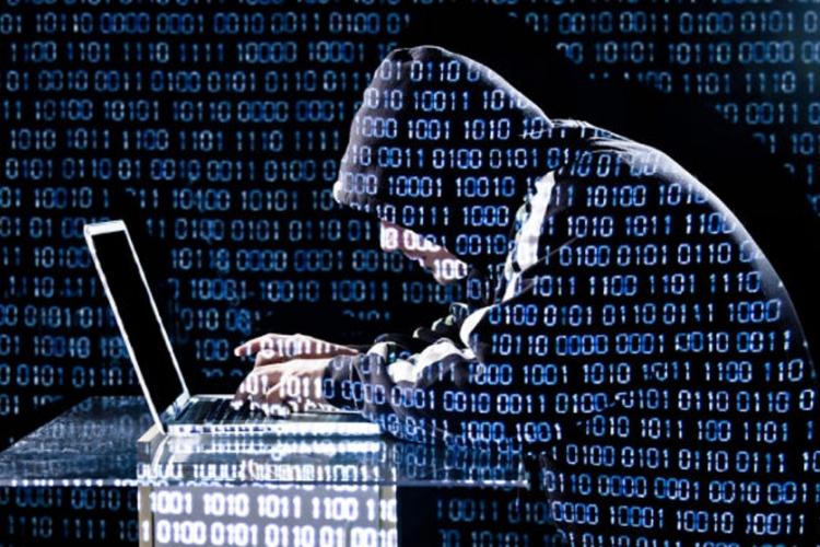 Zaljubljeni haker iznuđivao novac