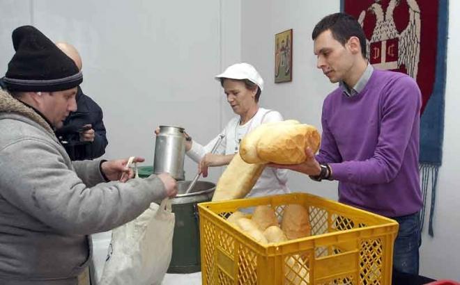 Photo of Tri glavna obroka redovno ima 42 odsto stanovništva