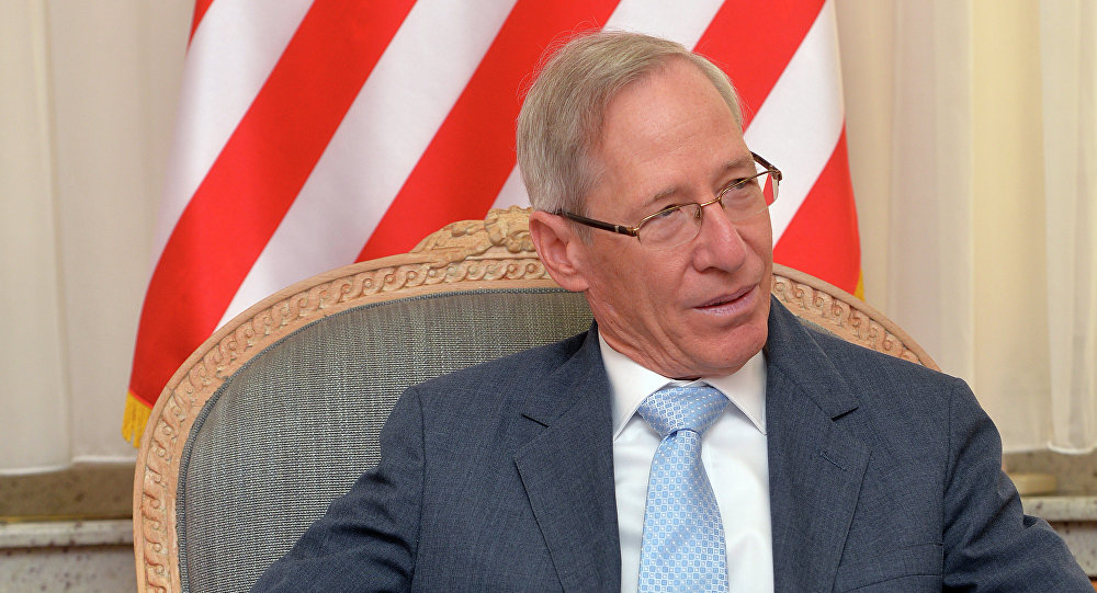 Ambasada SAD: Podržavamo Vučića, izbjegavajte provokacije
