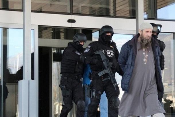 Photo of Prva presuda Suda BiH borcima ISIL-a: Četvorici optuženih 7 godina zatvora