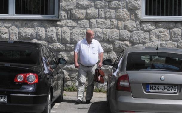 Photo of Načelnik opštine Kneževo pijan slupao službenu škodu