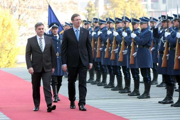 Photo of Završena sjednica Vlade Srbije i Savjeta ministara: Slijedi potpisivanje protokola