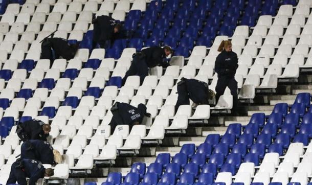Planirani višestruki bombaški napadi na stadionu